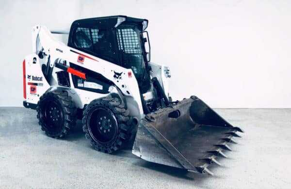 Toothed Bucket - Attachment for Skid Steer